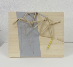 星座を見る装置 device to see constellation 2014 Gouache on wood, thread, bead, panel 23 x 28 x 9 cm