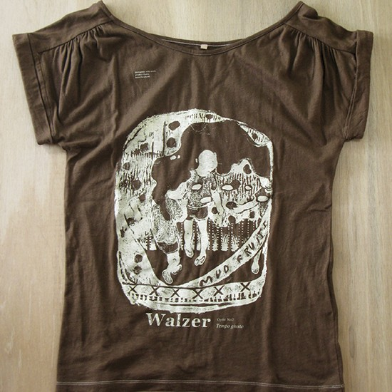 walzer / Tempo Giusto 2010 Dyeing and screen printing on T-shirt (coffee) M